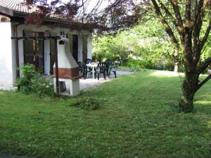 Maison Shanti BBQ area small 300x224 Lake Annecy Accommodation